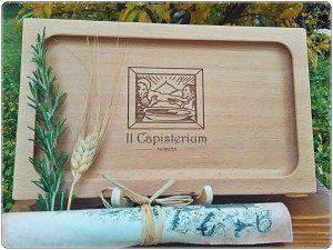 capisterium manufatto-in-legno_Ostello-di-Norcia-300x225
